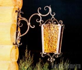 Кованый светильник с желтым стеклом фото, кованые фонари, кованые светильники