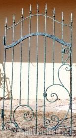 Кованая калитка  с узорами фото, кованые ограждения