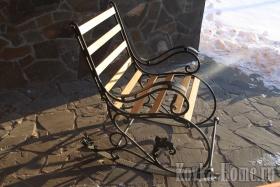Кованое кресло качалка фото, кованые стулья, кованые столы