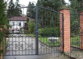 кованые ворота и калитка, кованые ограждения