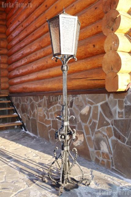 Кованый  фонарь парковый  фото, кованые светильники, кованые фонари